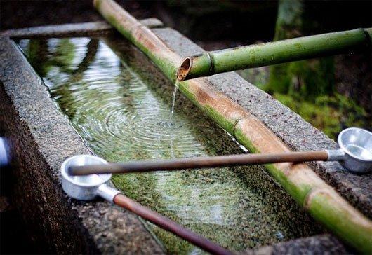 Bí kíp làm sạch nước bẩn sau bão lũ